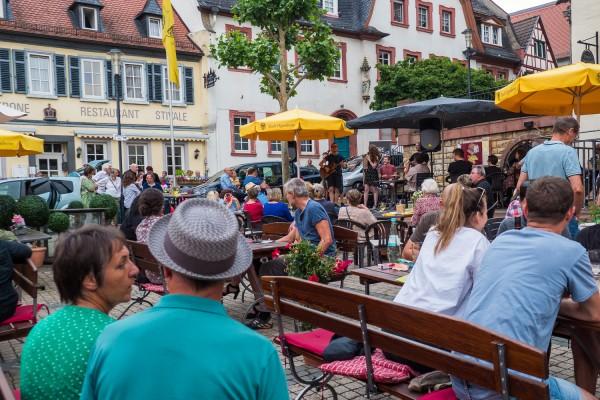 fdlmo2021_marktplatz-621062007A58FD6-48B3-83A9-3514-6210A1C8800A.jpg