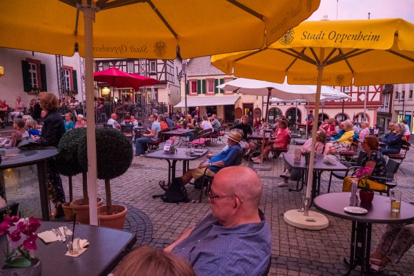 fdlmo2021_marktplatz-621066444EA70FD-B180-39EB-2A17-67D1A4B0945C.jpg